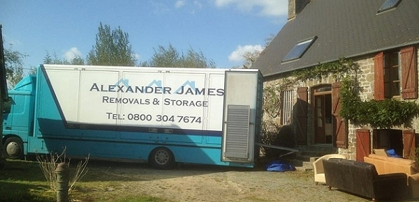 International Removals France UK